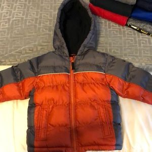 Toddler boys size 4T Osh Kosh winter coat